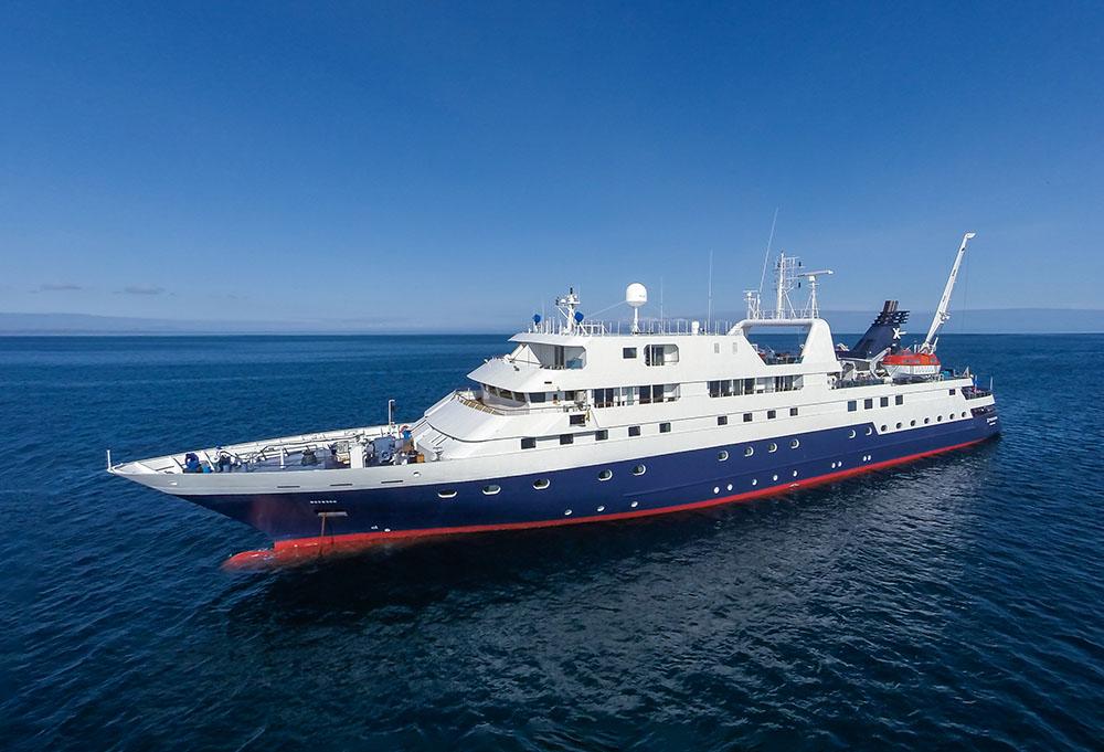 XP, Xpedition, Galapagos, ship exterior, aerial
